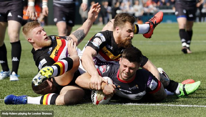 Andy Ackers playing for the London Broncos